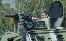 Ukrainian President Petro Poroshenko inspecting military vehicle, July 2014